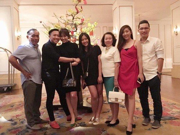 4 năm cưới Trấn Thành, Hari Won vẫn đối xử khác biệt với mẹ ruột và mẹ chồng-4