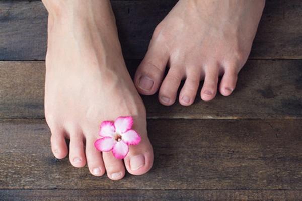 Dấu hiệu cảnh báo nhiều bệnh nguy hiểm thông qua sự thay đổi ở bàn chân