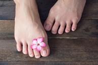 Bàn chân là 'bộ não thứ 2' của cơ thể: Nếu có 3 sự thay đổi này ở chân, coi chừng nhiều cơ quan nội tạng đang 'kêu cứu'