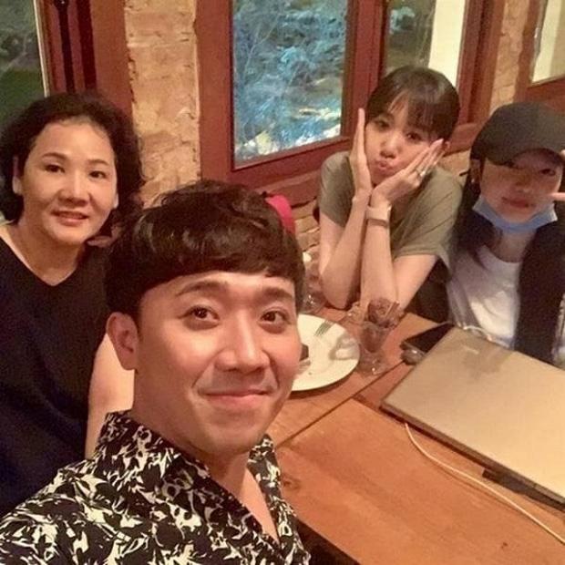 Làm rể Hàn Quốc 4 năm nhưng Trấn Thành nhất quyết không gọi mẹ Hari Won là mẹ vợ, lý do vì sao?-4
