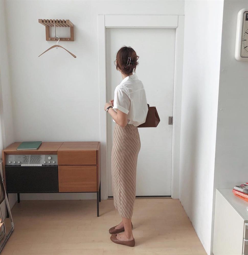 Kỳ diệu chưa: 4 mẫu chân váy sau sẽ giúp bạn cao ráo hơn ít nhất 5 phân, có khi còn kéo chân dài miên man-8