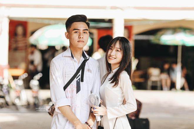 Cho dù là người yêu, tình cũ hay crush, nhất định phải chụp cùng nhau một bức ảnh thật đẹp trong ngày lễ bế giảng cuối cùng-3