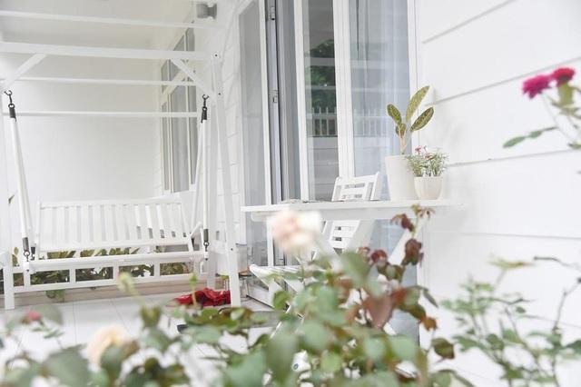 Chiêm ngưỡng nhà vườn bạc tỷ rau trái xum xuê, hoa nở bốn mùa của sao Việt-4
