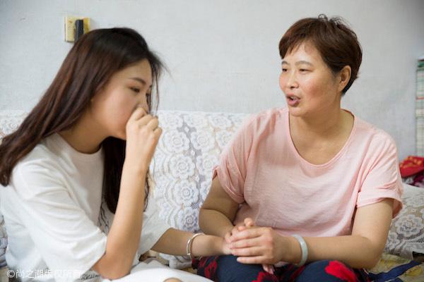 Choáng váng với hành xử của mẹ chồng khi con trai ngoại tình-1