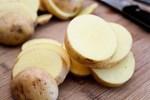 Mẹo giúp giảm mặn trong món ăn ngay lập tức