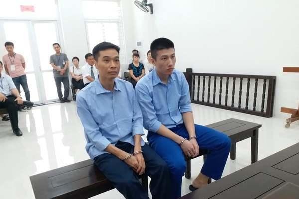 Cảnh sát đưa người tình của nghi phạm vào phòng để 'vòi' hối lộ-1