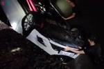 Xe con chở 5 người lao xuống biển ở Quảng Ninh: 3 người đã tử vong-2