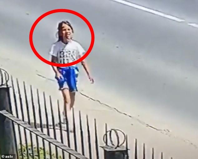 Cãi nhau với bố mẹ, bé gái 8 tuổi bỏ nhà đi rồi bị hãm hiếp và giết chết, bức ảnh khoảnh khắc cuối cùng của cô bé gây xót xa-1
