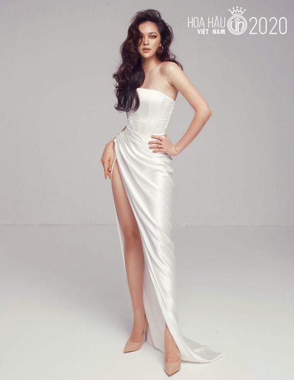 Xuất hiện ứng viên nặng kí của Hoa Hậu Việt Nam 2020: Dáng đẹp, mặt xinh, makeup tông nude đã tây còn na ná Châu Bùi-2