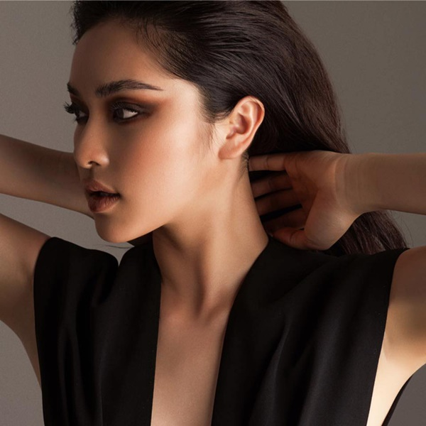 Xuất hiện ứng viên nặng kí của Hoa Hậu Việt Nam 2020: Dáng đẹp, mặt xinh, makeup tông nude đã tây còn na ná Châu Bùi-5
