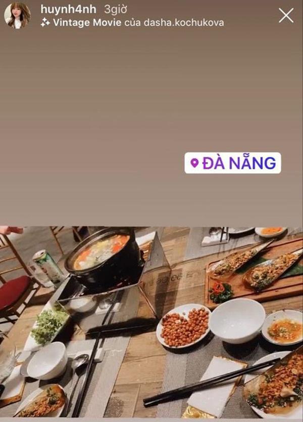 Huỳnh Anh bay vào Đà Nẵng cổ vũ Quang Hải thi đấu: Tiếp tục tinh thần chàng ở đâu nàng theo đó không rời-1