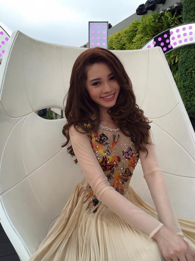 Cận cảnh nhan sắc thật của hoa hậu Jolie Nguyễn khi chưa phẫu thuật thẩm mỹ-5