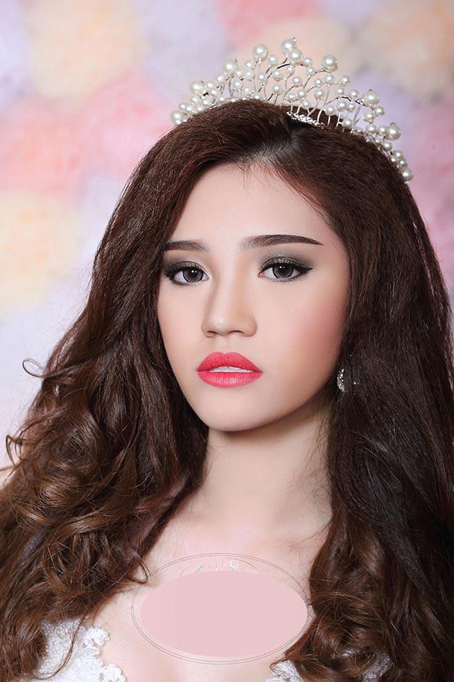 Cận cảnh nhan sắc thật của hoa hậu Jolie Nguyễn khi chưa phẫu thuật thẩm mỹ-4