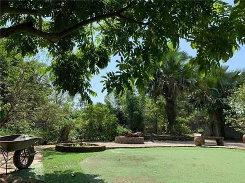Sân vườn trong biệt thự bạc tỷ của 3 nam diễn viên nổi tiếng, ai nhìn cũng phải ngưỡng mộ-12