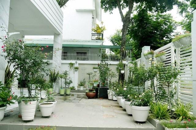 Sân vườn trong biệt thự bạc tỷ của 3 nam diễn viên nổi tiếng, ai nhìn cũng phải ngưỡng mộ-15