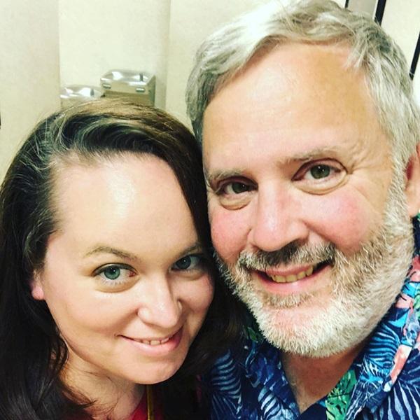 Cặp đôi sốc khi thấy con trai nuôi bệnh tật và suy dinh dưỡng nặng, bác sĩ bảo không có hy vọng nhưng 4 năm sau ai cũng ngỡ ngàng-1