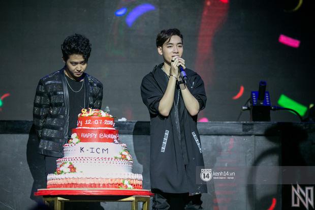 Ngay trong mini concert mừng sinh nhật, K-ICM bật khóc vì áp lực trước hàng loạt bình luận tiêu cực của anti -fan-2