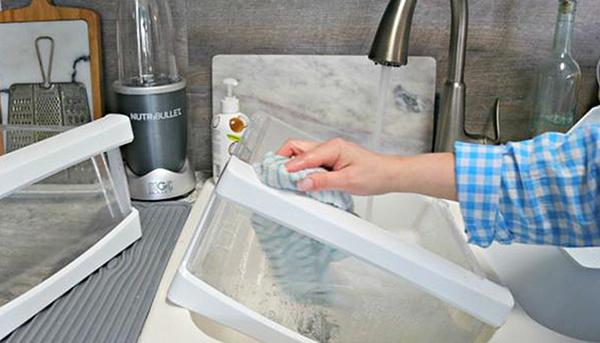 Làm sạch tủ lạnh vào thời điểm nào là tốt nhất để tránh biến chúng thành ổ vi khuẩn trong nhà?-4