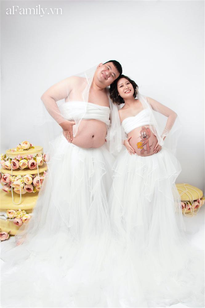 Bộ ảnh bầu hot nhất MXH: Bố bụng mỡ tạo dáng xinh không kém mẹ bầu, ai xem cũng phải thốt lên quá dễ thương-6
