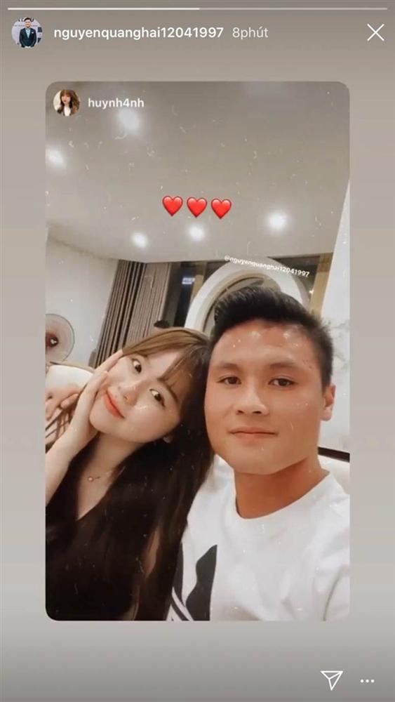 Huỳnh Anh được đồng nghiệp của Quang Hải gọi là quý bà vì cách vấn tóc, chọn trang phục-4