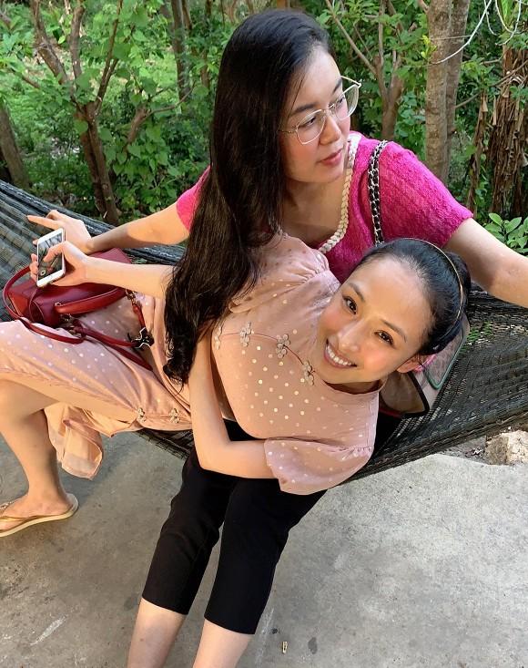 Hoa hậu Trương Hồ Phương Nga xuất hiện với nhan sắc rạng rỡ sau thời gian dài vắng bóng-1
