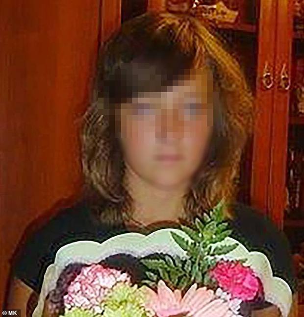 Tổ chức đám cưới tại cung điện sang trọng, cô dâu bất ngờ ngã quỵ và tử vong sau khi ăn đồ tráng miệng-1