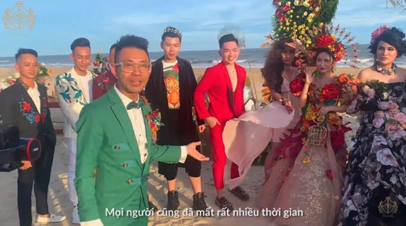 Minh Nhựa và vợ hai Mina Phạm trao nhau món quà 12 tỷ đồng trên sân khấu tropical siêu hoành tráng-2