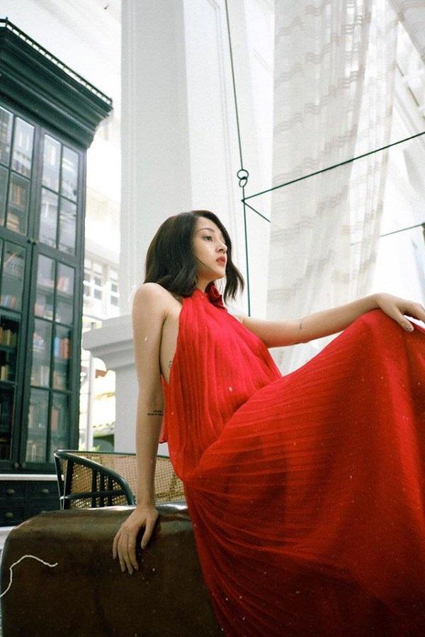 Các người đẹp Việt đang phải lòng một kiểu váy siêu thoải mái, diện vào mùa hè đẹp miễn chê-5