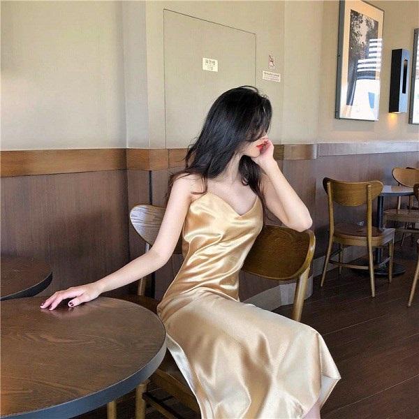 Các người đẹp Việt đang phải lòng một kiểu váy siêu thoải mái, diện vào mùa hè đẹp miễn chê-10