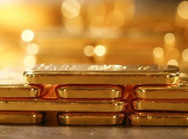 Mua vàng cất két, vợ chồng trẻ lãi hàng trăm triệu nhờ vàng tăng điên cuồng-4