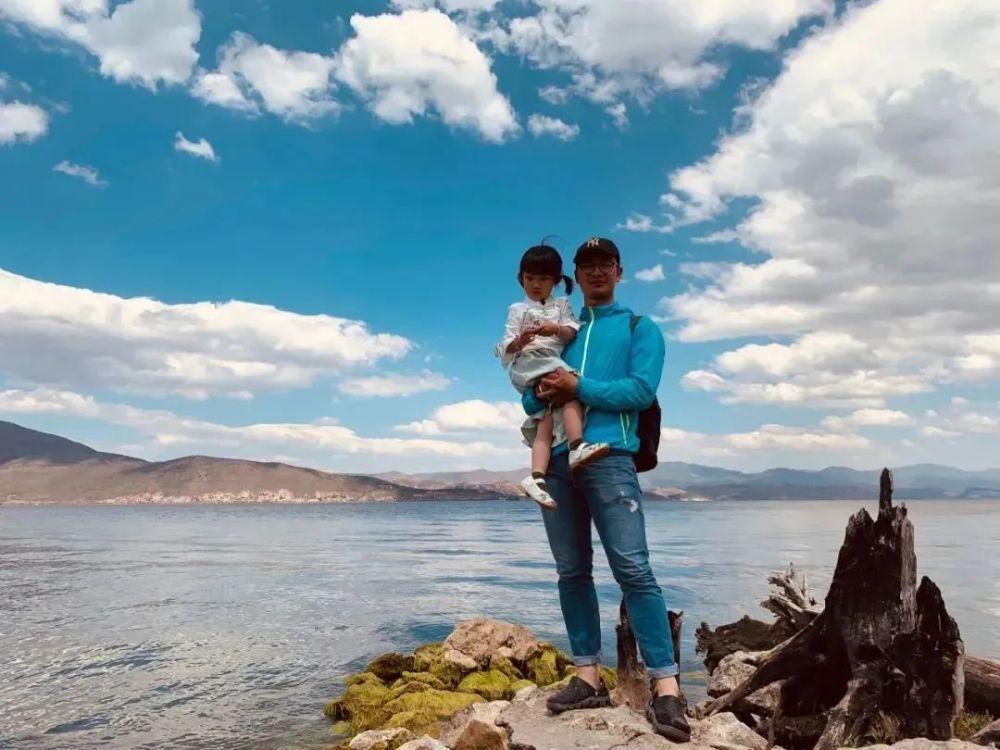 71 ngày, 4139 cây số, ông bố đơn thân đưa con gái 4 tuổi đi ngao du trên xe đạp-1