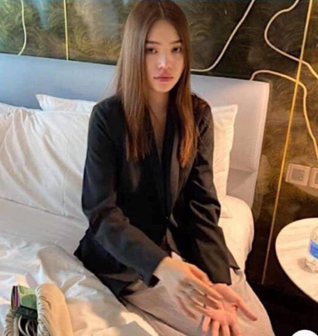 Nghi vấn Hoa hậu Jolie Nguyễn xuất hiện tại một khách sạn?-2