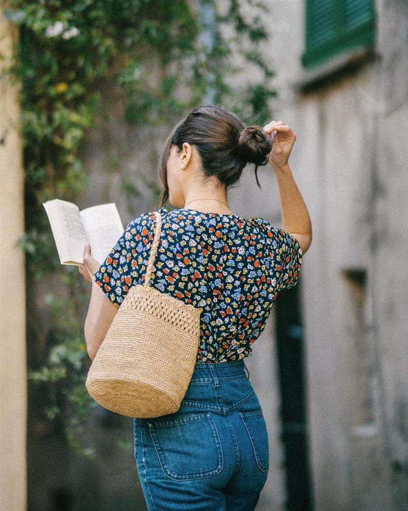 Phụ nữ Pháp mặc gì cũng sang, một phần là bởi họ rất ưu ái 3 kiểu túi xách sau đây-1