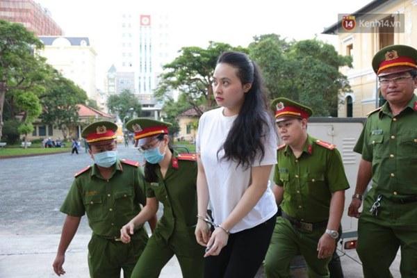 Văn Kính Dương giữ quyền im lặng, Ngọc Miu khẩn xin HĐXX giảm nhẹ hình phạt để sớm về nuôi con nhỏ-21