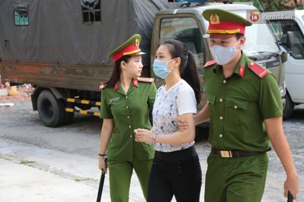 Văn Kính Dương giữ quyền im lặng, Ngọc Miu khẩn xin HĐXX giảm nhẹ hình phạt để sớm về nuôi con nhỏ-23