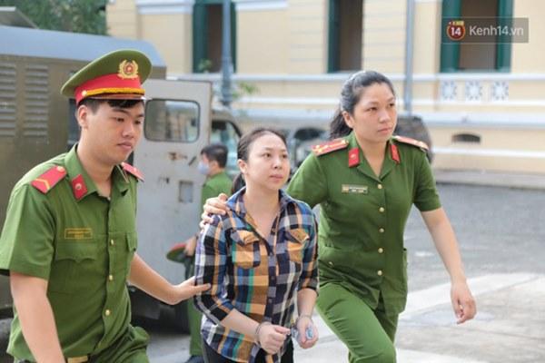 Văn Kính Dương giữ quyền im lặng, Ngọc Miu khẩn xin HĐXX giảm nhẹ hình phạt để sớm về nuôi con nhỏ-25