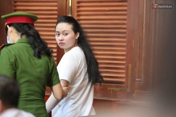 Văn Kính Dương giữ quyền im lặng, Ngọc Miu khẩn xin HĐXX giảm nhẹ hình phạt để sớm về nuôi con nhỏ-15