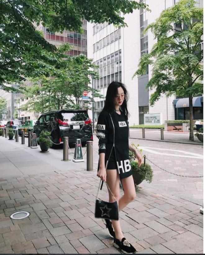 5 tiểu thư nức tiếng nhà sao Việt: Con gái Diễm My 6X thạo 4 thứ tiếng, con Quyền Linh - Giáng My tiềm năng thành hoa hậu-7