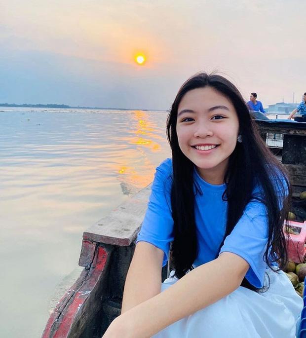 5 tiểu thư nức tiếng nhà sao Việt: Con gái Diễm My 6X thạo 4 thứ tiếng, con Quyền Linh - Giáng My tiềm năng thành hoa hậu-16