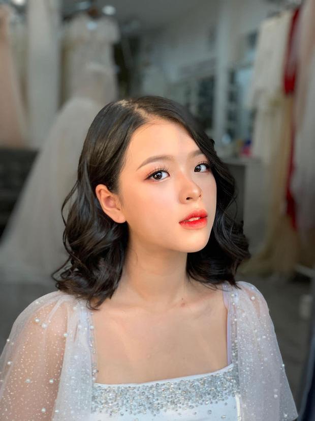 5 tiểu thư nức tiếng nhà sao Việt: Con gái Diễm My 6X thạo 4 thứ tiếng, con Quyền Linh - Giáng My tiềm năng thành hoa hậu-15