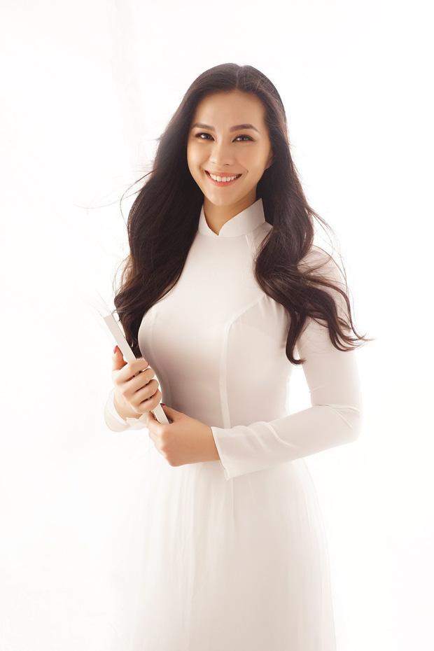 5 tiểu thư nức tiếng nhà sao Việt: Con gái Diễm My 6X thạo 4 thứ tiếng, con Quyền Linh - Giáng My tiềm năng thành hoa hậu-3