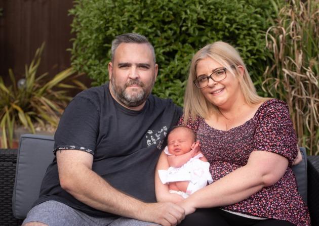 Suýt bỏ chồng vì 10 năm không con, cuối cùng phép màu đã đến với người đàn bà hiếm muộn-1