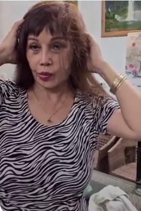 Cô dâu 63 tuổi cố tình làm xấu để quay clip theo trend vô tình lộ gương mặt hậu phẫu thuật thẩm mỹ khiến nhiều người giật mình-3