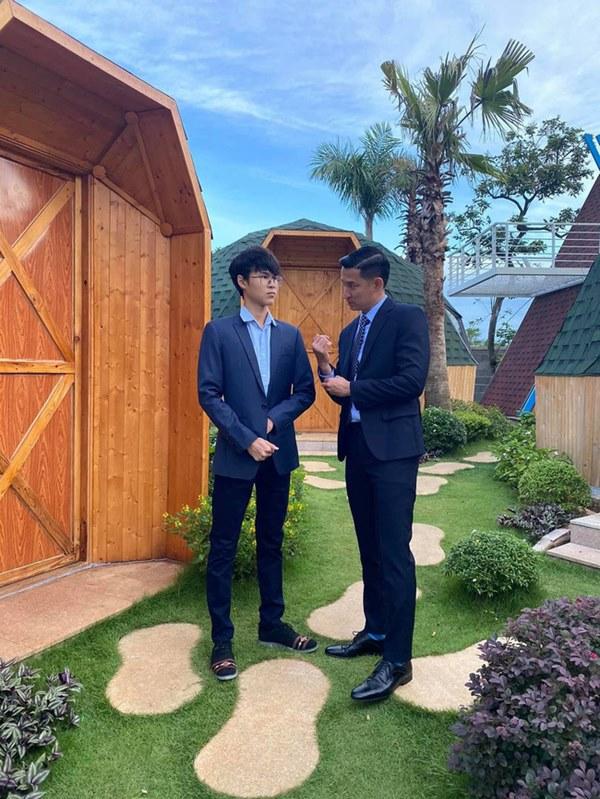 Mới 15 tuổi, con trai của Huy Khánh đã ra dáng hot boy với chiều cao 1m80 cùng khuôn mặt điển trai-2