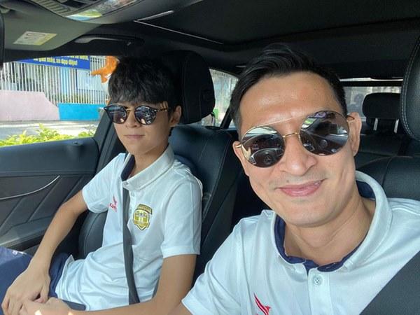 Mới 15 tuổi, con trai của Huy Khánh đã ra dáng hot boy với chiều cao 1m80 cùng khuôn mặt điển trai-6