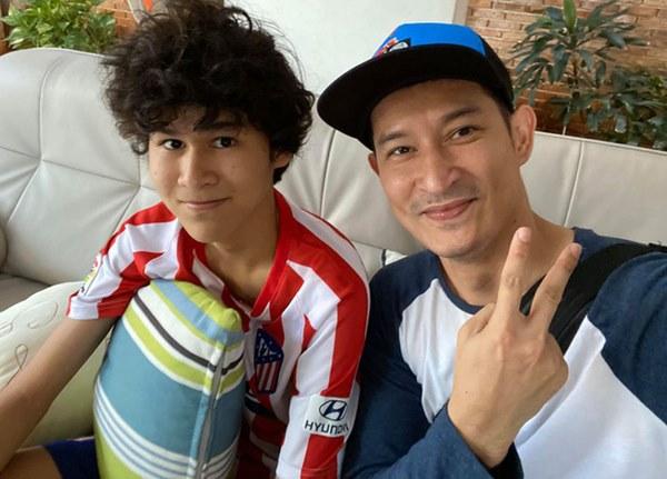 Mới 15 tuổi, con trai của Huy Khánh đã ra dáng hot boy với chiều cao 1m80 cùng khuôn mặt điển trai-7