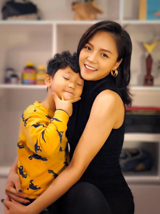 Hậu ly hôn, vợ cũ sao Việt sống như thế nào? Người lột xác đi bar đu đưa, người háo hức tìm tình yêu mới-3