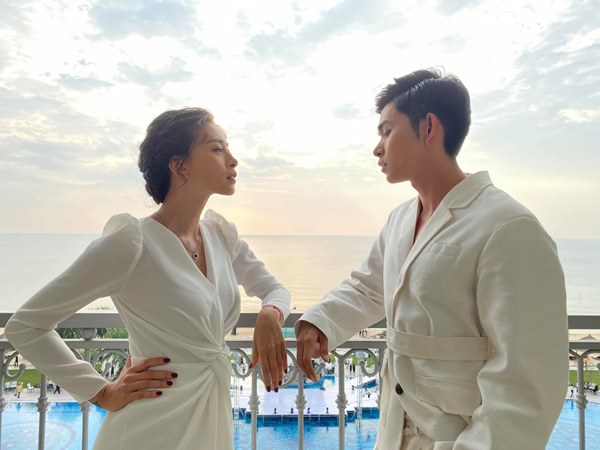 Tiết kiệm như Ngô Thanh Vân: Chỉ một bộ đầm trắng mà đả nữ diện từ ngày cưới em trai đến đám cưới thế kỷ của Đông Nhi-7