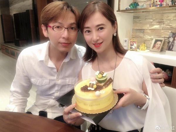 Hoa hậu Châu Á bị bố mẹ từ mặt vì đóng phim nóng, chồng hắt hủi đuổi khỏi nhà giờ ra sao?-9