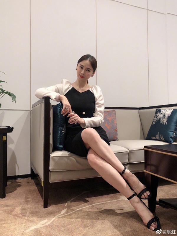 Hoa hậu Châu Á bị bố mẹ từ mặt vì đóng phim nóng, chồng hắt hủi đuổi khỏi nhà giờ ra sao?-13